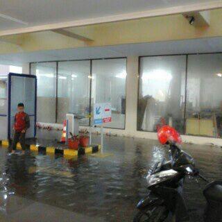 Foto Banjir di RSUD dr. Sukardjo Tasikmalaya. Foto : twitter Polresta Tasikmalaya
