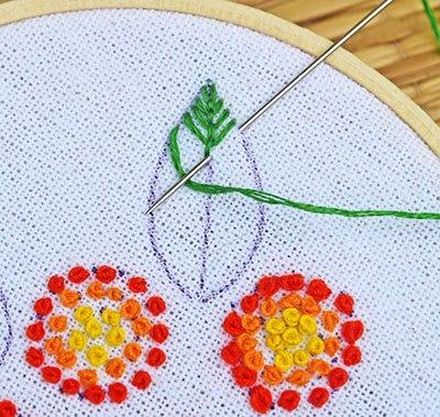 Hướng dẫn thêu hoa ngũ sắc - Hình 7