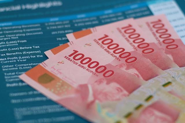 Bansos tunai Rp300.000