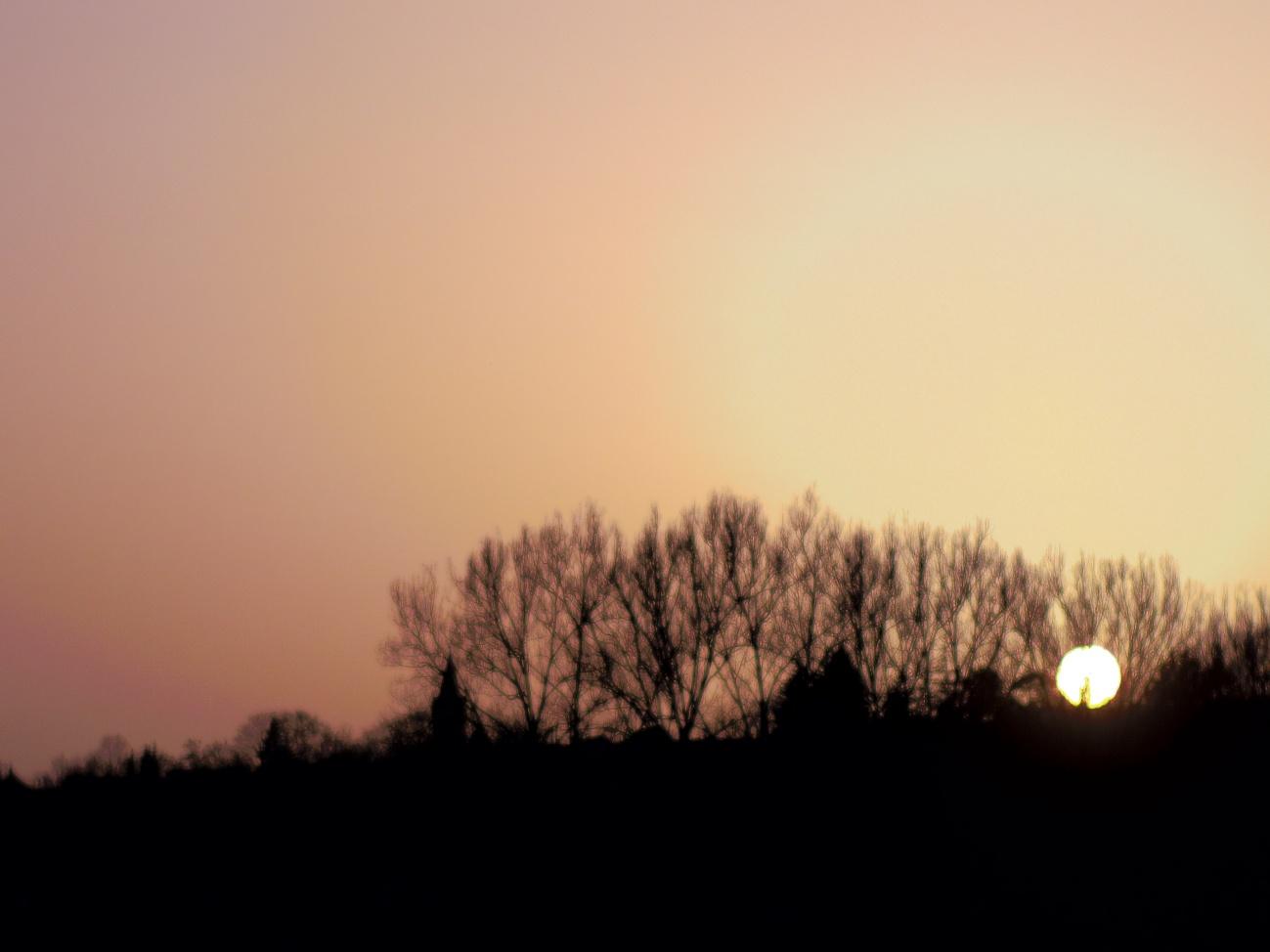 Bild des Tages #38 — Saharastaubreste beim Sonnenuntergang