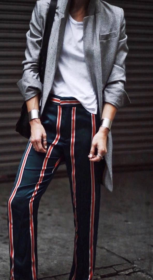 casual style addict / blazer + white top + bag + stripped pants