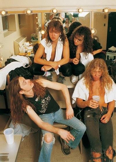 Foto de Metallica en su camerino