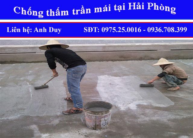 Thợ đang thi công chống thấm sàn mái tại Hải Phòng, chúng tôi tự hào là đơn vị chống thấm chuyên nghiệp, uy tín