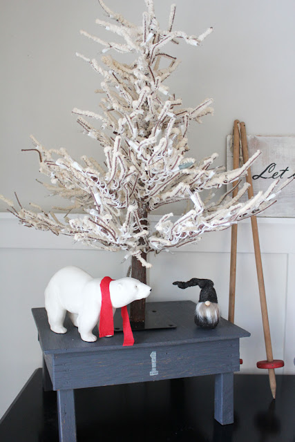 A Winter Vignette and a Simple Makeover Project From Itsy Bits And Pieces Blog