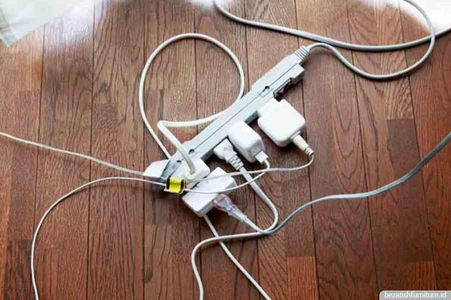 cara merawat kabel dengan bebar agar terlihat rapi dan aman