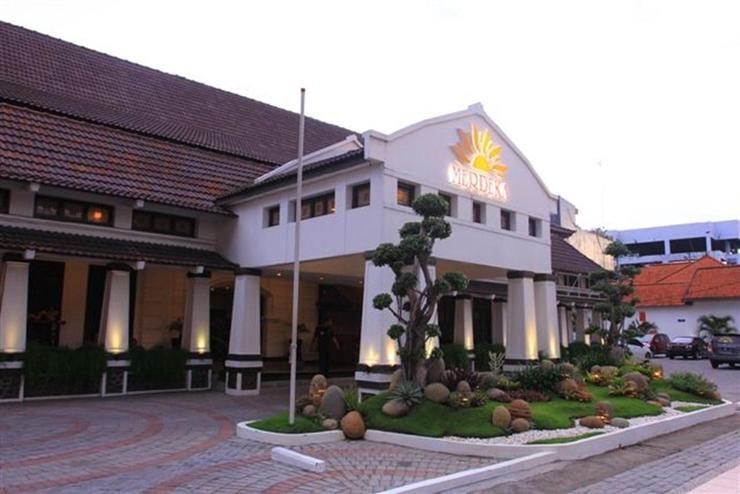 Penginapan Yang Tenang Dan Nyaman di Hotel Merdeka Kediri
