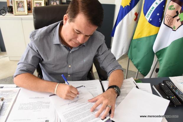 Prefeitura de Santa Cruz do Capibaribe homologa Concurso Público