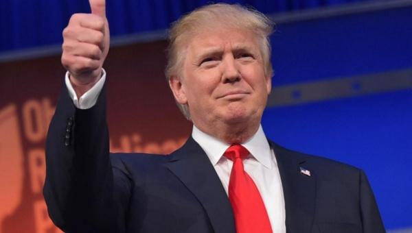 Donald Trump supera a Hillary Clinton en las redes sociales