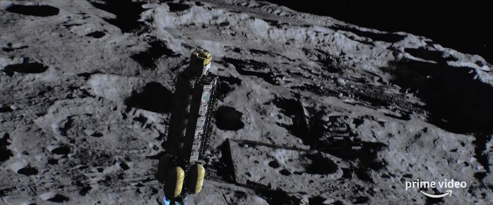 Cargo lander landing on The Moon in season 5 trailer of The Expanse