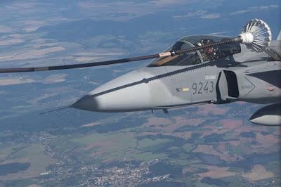 Czech Gripen pilots air refueling