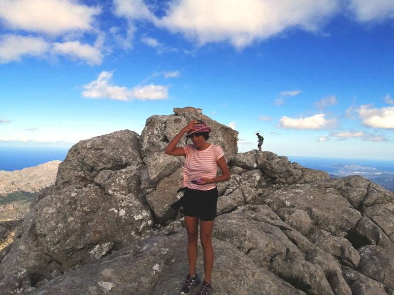In cima a El Puig de Massanella con un vento tremendo