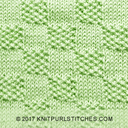 Moss Stitch Checks. A combination of knit - purl stitches. Easy!