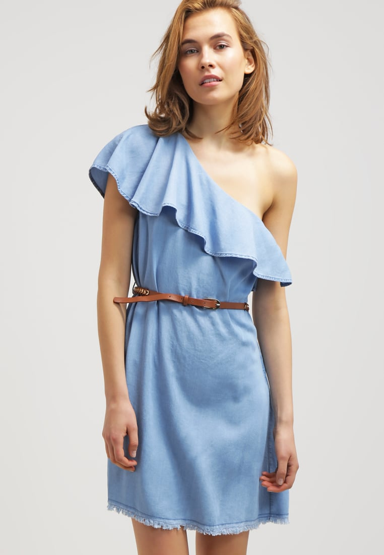 sukienka bez ramiączek, niebieska sukienka, pastelowa, falbaniasta