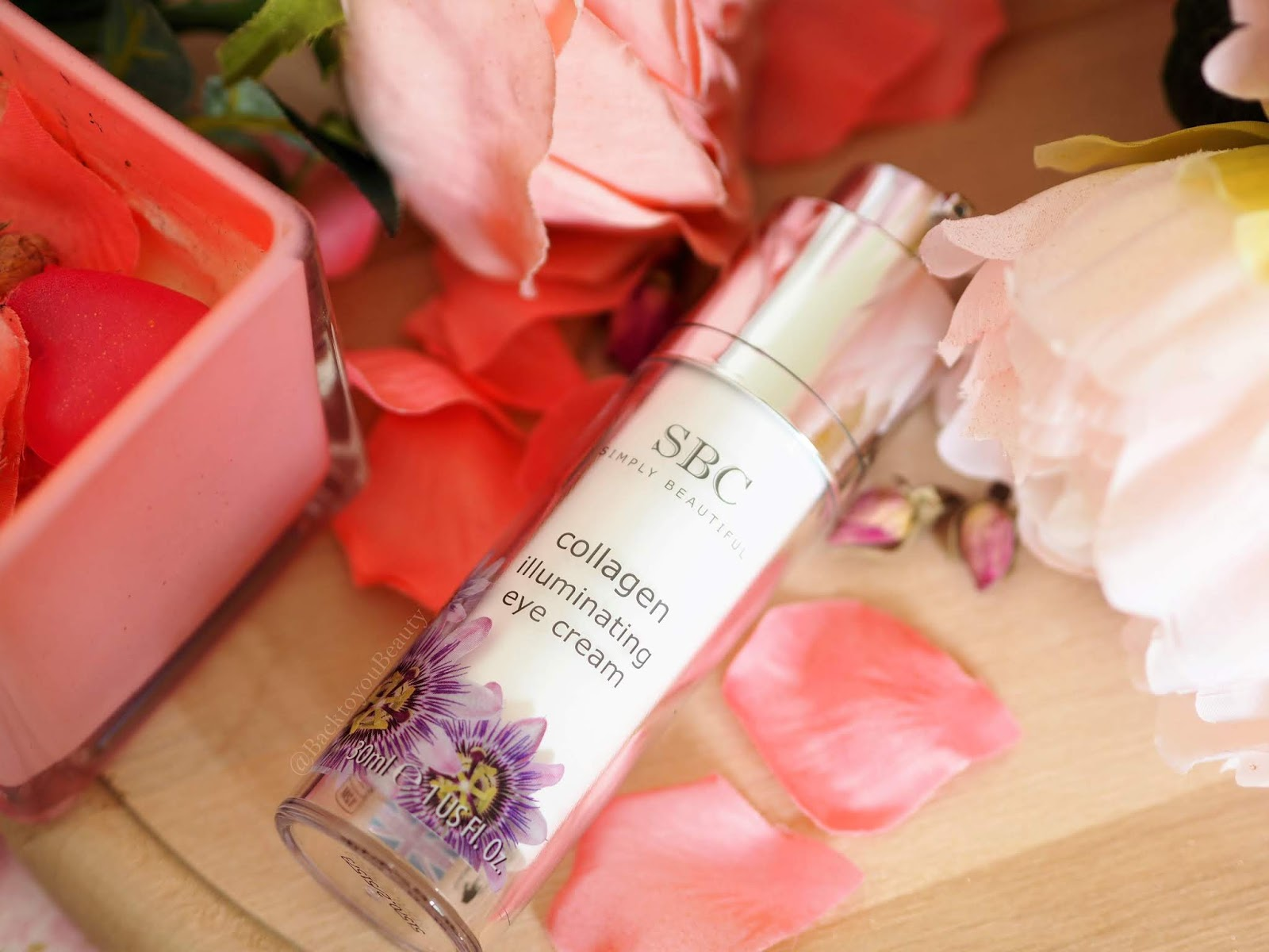 SBC Collagen Illuminating eye cream