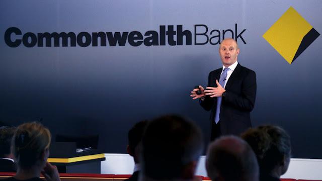 Se retira el jefe del mayor banco de Australia por auspiciar 53.000 casos de lavado de dinero