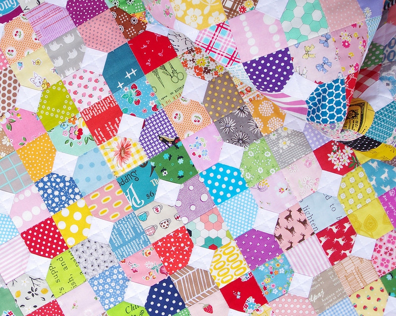 Scrappy Bow Tie Quilt - block templates available | Red Pepper Quilts 2016