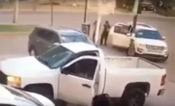 Vídeo, por la espalda, así atacaron Sicarios a Ministeriales en Irapuato Guanajuato