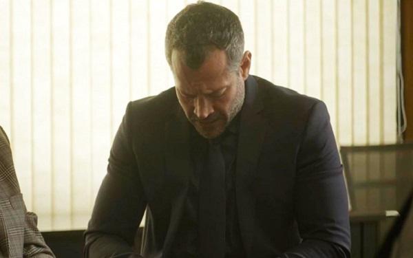 Agno se faz de vítima em audiência contra Lyris (Imagem: Reprodução/TV Globo)