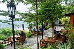 The Manglung, Tempat Makan dan Foto Romantis di Gunung Kidul