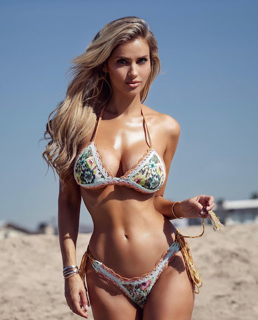 Leanna Bartlett Hot Pics and Bio