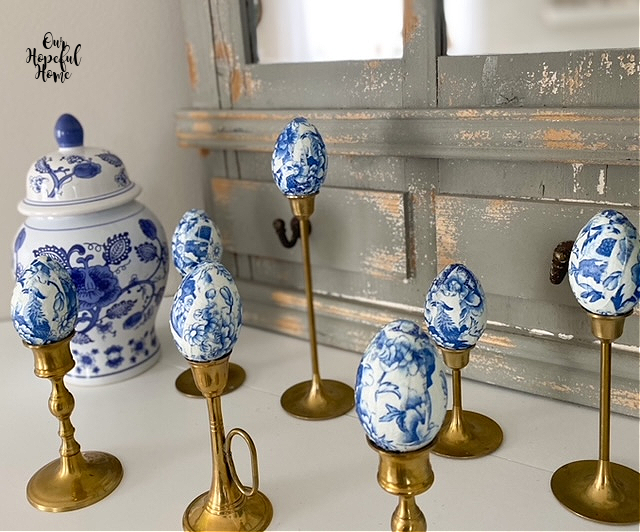blue white eggs candlesticks