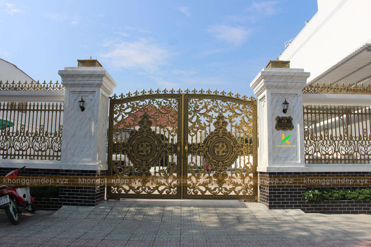 Cổng nhôm đúc cổng biệt thự Tiền Giang đẹp