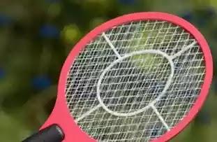 Hukum Membunuh Nyamuk Dengan Raket Listrik