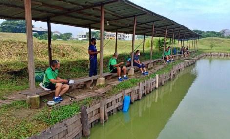 10 Arti Mimpi Mancing Ikan di Kolam Menurut Primbon Jawa Terlengkap