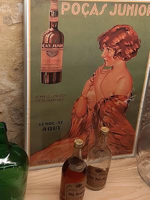 Cartas de propaganda dos vinhos Poças