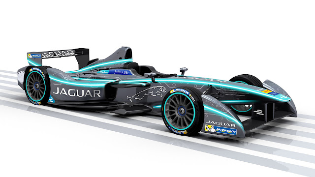 Jaguar returns to racing