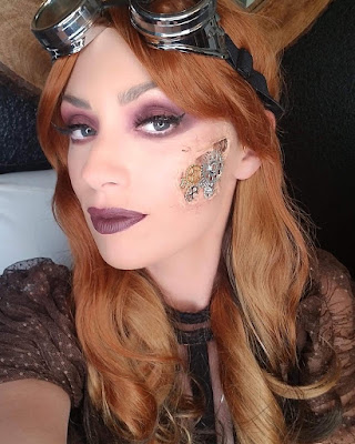 how to glue gears to your face DIY steampunk makeup halloween