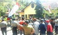 Damkar Mogok, GPWM Demo Kantor Camat Wera