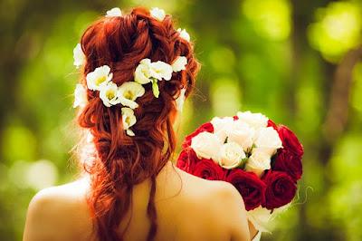 hoa cuoi cam tay co dau