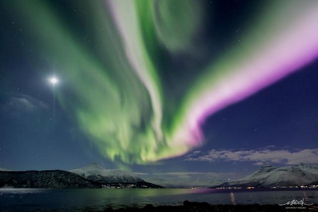Auroras boreais registradas por  Markus Varik, em Tromso, Noruega