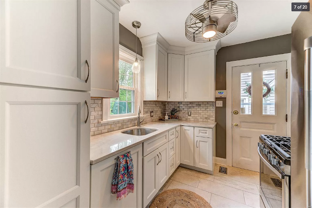 kitchen of 654 Oakland Ave, Webster Groves, Missouri • Plan B of the Sears Stanford model