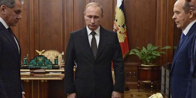 Υπέρ της «αποκατάστασης του διαλόγου» των μυστικών υπηρεσιών ΗΠΑ-Ρωσίας ο Πούτιν