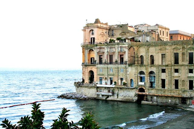 mare, acqua, spiaggia, sabbia, palazzo, monumento, dimora, cielo