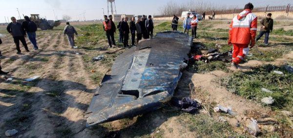 """Irán: """"Avión ucraniano fue identificado como misil de crucero"""""""