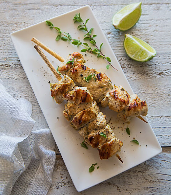 Pinchos de Pollo - grilled chicken skewers - AIP paleo
