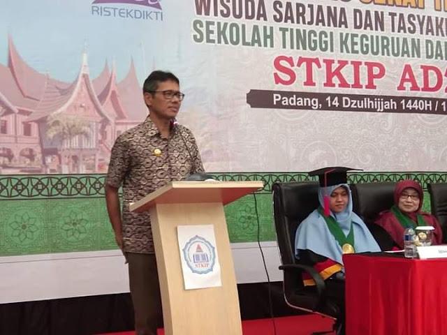 Gubernur Irwan Prayitno : Lulusan STKIP AZKIA Berbeda Dengan Lulusan Perguruan Tinggi Lainnya