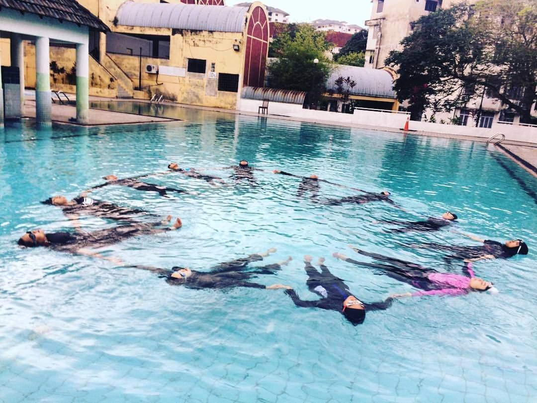 kelas renang muslimah, kelas renang kanaka kanak, swimming class for kids, kelas berenang, belajar berenang,swimrush-academy-kelas-renang-muslimah-kelas-renang-kanak-kanak