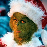 The grinch with a Chritmas hat