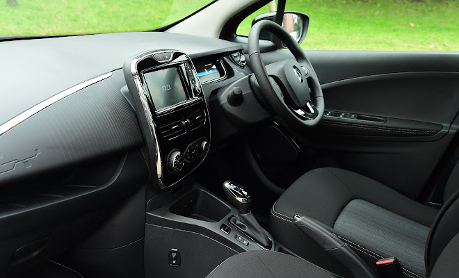 Renault Zoe 40 front interior