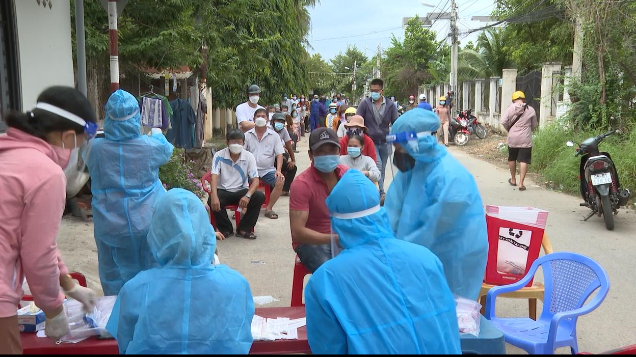 Ninh Thuận: Tp. Phan Rang – Tháp Chàm nỗ lực bóc tách các ca F0 ra cộng đồng