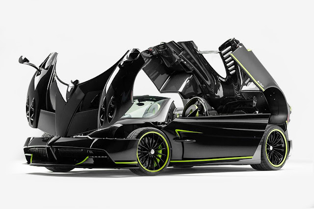 Special Pagani Carbo Triax Huayra Roadster