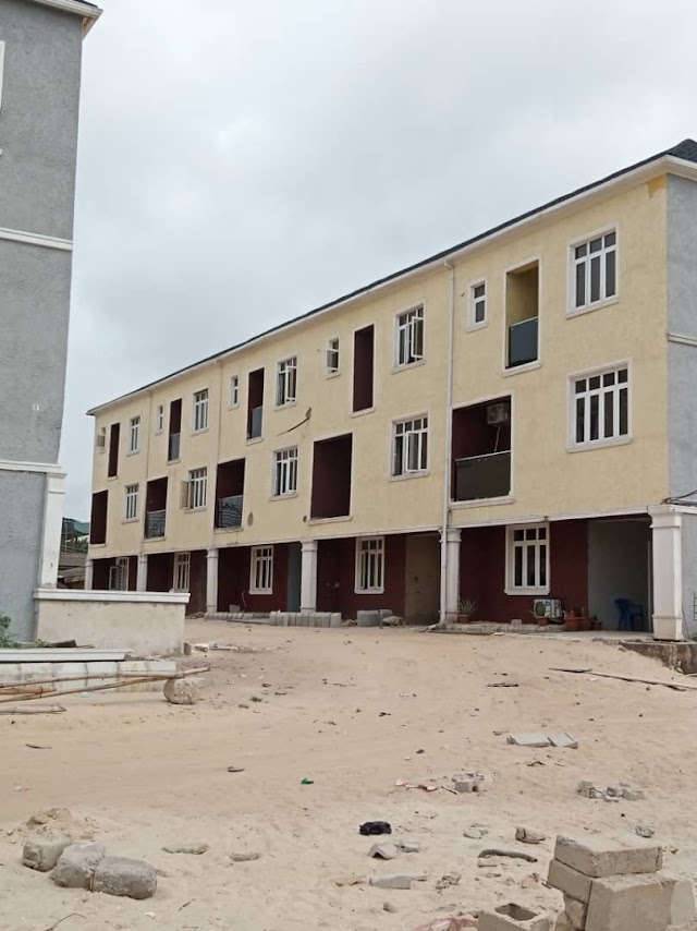 Super Luxury Homes for sale at SURULERE , Lagos