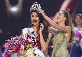 Catriona Gray of the Philippines wins crown of Miss universe 2018