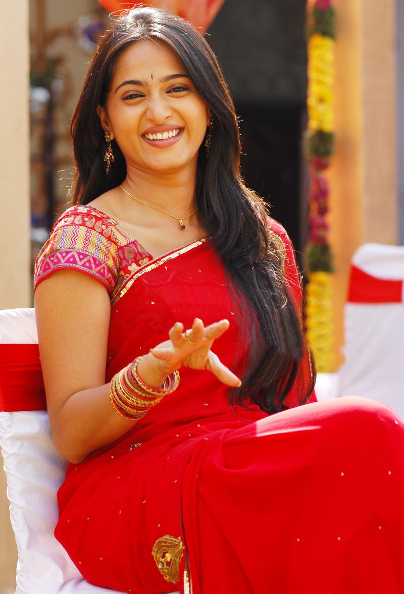 Actress Anushka Shetty Photo Gallery