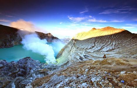 Objek wisata Indonesia kali ini akan mengulas keindahan alam di kawah ijen banyuwangi 7 Spot Menarik di Kawah Ijen Yang Menakjubkan