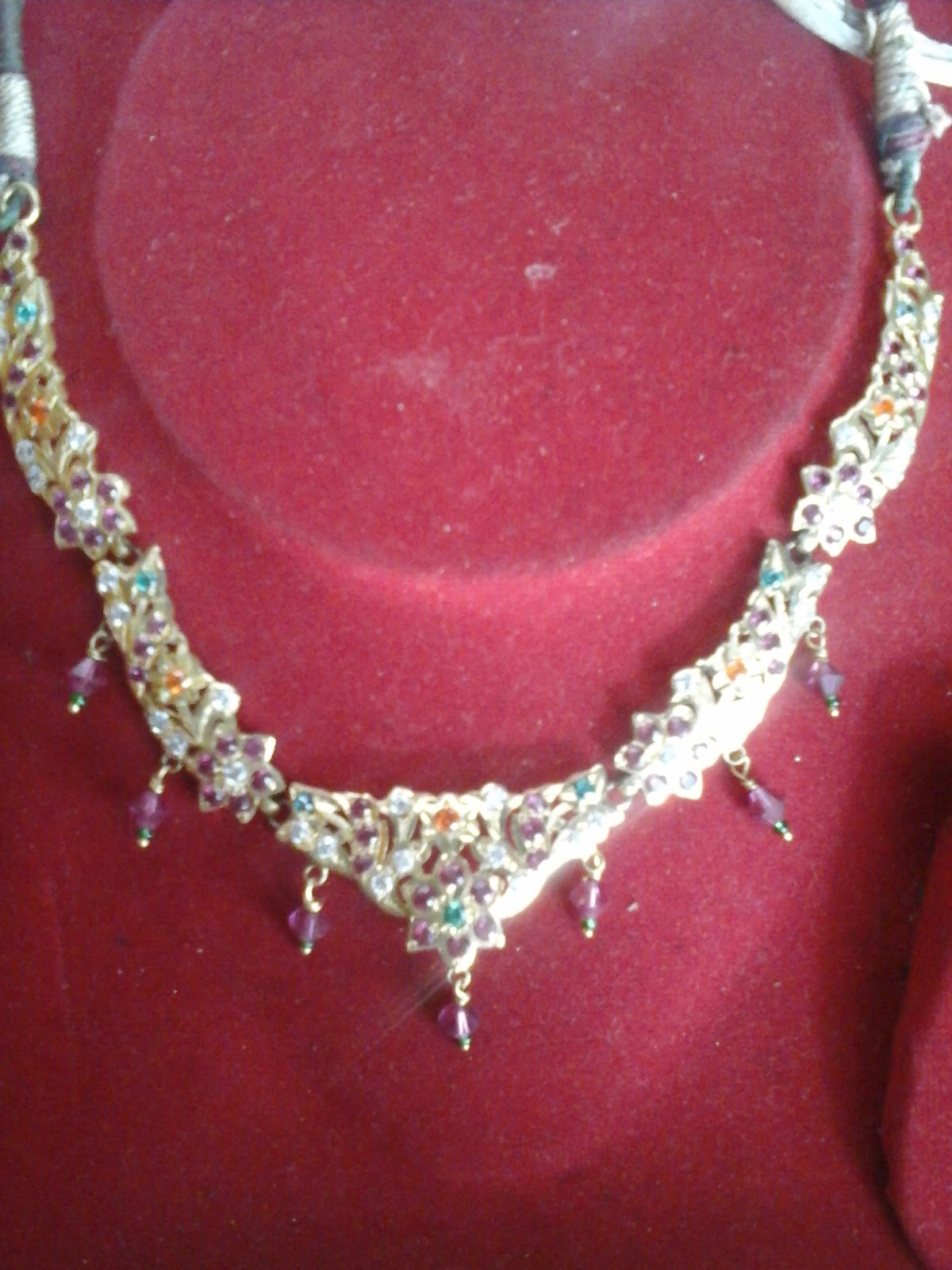 Lovely Latest Gold Jewellery Designs Catalogue | Jewellry\'s Website